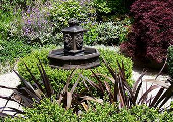 Three Laurelhurst Gardens